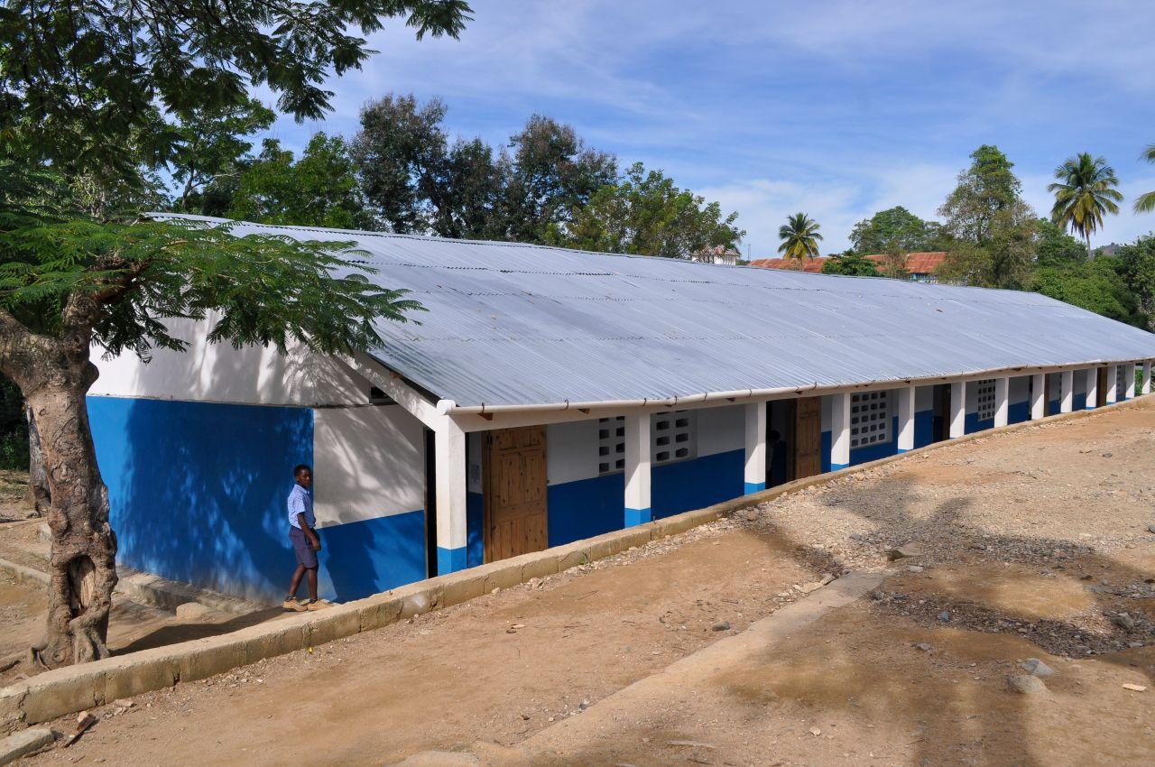 School Notre Dame in Monbin Crochu – 5 nieuwe klaslokalen